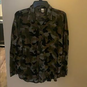 Divided camo blouse